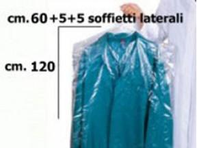Copriabito trasparente cm 60+5+5x120 kg.2.3 circa 40 pezzi.