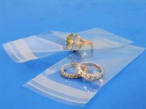 Buste trasparenti chiusura c/pattella adesiva cm.4,5x7+03 pz.100